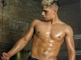 CalvinKush naked